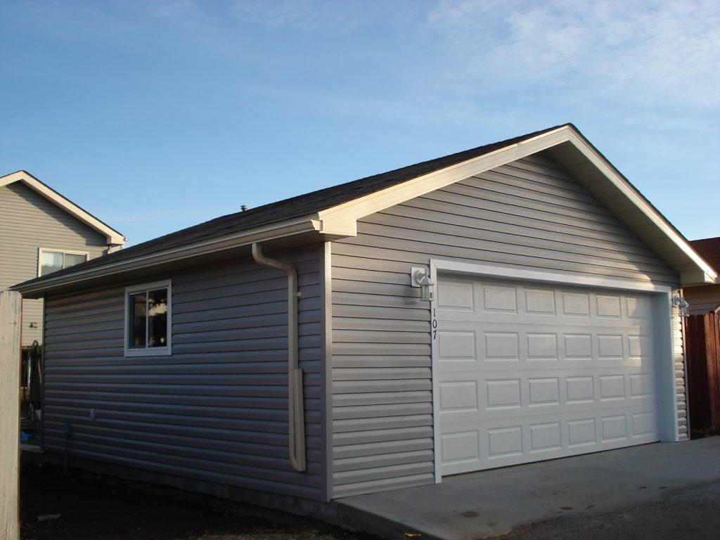 Gable garage roof
